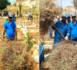 سابقة.. عامل إقليم بركان يشارك شخصيا في تنظيف مقبرة المدينة