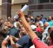 سائقو الطاكسيات ينتفضون تضامنا مع زميلهم المقتول وإحتجاجا على غياب الامن بشوارع المدينة