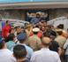 نشطاء يمنعون السلطات المحلية من تنفيذ قرار إغلاق مقهى النادي البحري