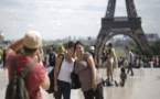 الاعتداءات الإرهابية وسوء الطقس قلصوا من عدد السياح في فرنسا