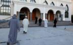 نصف المسلمين في فرنسا علمانيون وأكثر من الربع يتشددون في ممارسة الإسلام