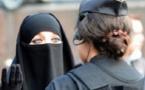 تغريم مسلمة 30 ألف يورو لرفضها خلع النقاب في مكان عام بإيطاليا
