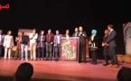 نشطاء وكوميديون مغاربة يبصمون بنجاح على جولة فنية تضم موائد مستديرة وتكريمات بديار هولندا