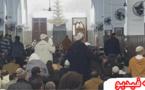 سابقة من نوعها.. مصلون يرددون هتافات داخل المسجد ويقاطعون صلاة الجمعة لهذا السبب