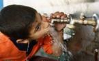 الدريوش.. انقطاع مياه الشرب دون سابق إنذار يثير استياء الساكنة وعدد منهم يلجأ إلى حلول بديلة