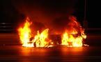 اندلاع حريق بسيارة في كورنيش الناظور