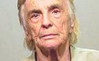 عجوز في الـ68 تعتقل للمرة الـ61 بتهمة السرقة