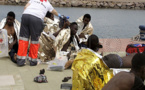 بالصور.. وصول قارب مطاطي على متنه 34 مهاجرا سريا الى مليلية قادما من سواحل الناظور