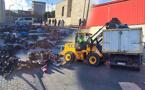 """بالصور.. الشرطة الإسبانية تصادر ثلاثة أطنان من بضائع """"فراشة"""" مغاربة بمليلية"""