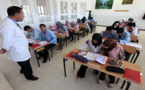 للراغبين في ولوج مهن التعليم.. وزارة التربية الوطنية تعلن عن تنظيم مباريات توظيف الأساتذة بموجب عقود