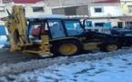 فتح حركة السير بجميع المحاور الطرقية بمنطقة الريف بعد إزاحة الثلوج