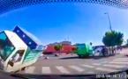سائق هوندا متهور يدهس راجلين