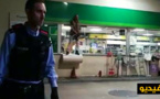 بالفيديو.. مهاجر مغربي يهاجم شرطة جيرونا بواسطة منشار كهربائي
