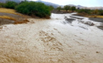 في عز فصل الصيف.. أمطار رعدية تتسبب في فيضانات بجماعات ضواحي مدينة الدريوش