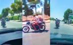 طبيب يطارد لصين على دراجة نارية في الشارع