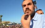 شقيق الزفزافي: إدارة سجن عكاشة تصادر قمصان رياضية لأندية مغربية من زنزانة ناصر