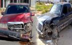 بالصور.. خسائر مادية في اصطدام بين سيارتين بمدخل مدينة الدريوش