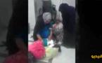 شاهدوا.. فيديو لسيدة تضع مولودها في قاعة الانتظار يثير زوبعة على مواقع التواصل
