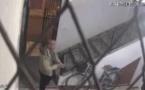لص يسرق دراجة عادية من دار القرآن