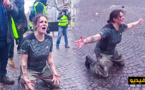 """هذه حقيقة فيديو """"الشرطية"""" التي تصرخ وسط باريس لوقف """"أعمال العنف"""""""