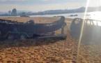 بالصور.. مطاردة هوليودية تنتهي بإحراق مهربين لسيارة وقارب مطاطي بالقرب من طنجة