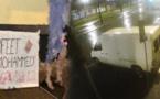 بالفيديو.. مجسمات وكتابات مسيئة للرسول أمام مسجد مغربي في لاهاي الهولندية تثير استياء ومخاوف الجالية