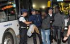 بلجيكا..شرطة أنتويرب تعتقل 19 مهاجراً غير شرعي داخل حافلة للنقل الحضري