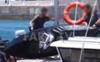 بالفيديو.. إنقاذ مهاجرين مغربيين من عرض البحر حالا الهجرة عبر التجديف الى إسبانيا