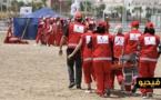 الهلال الأحمر يناور على الشاطئ الإصطناعي بأزيد من 100 مسعف ومسعفة