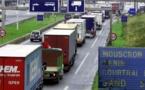 العثور على 12 مهاجرا سريا داخل شاحنة بأنتويربن