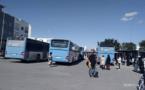 """طلبة كلية سلوان يحاصرون حافلات """"فيكتاليا"""" احتجاجا على اعتداء أحد عمال الشركة على طالب جامعي"""