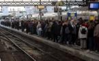 إضراب عام يشل الحركة في فرنسا جوا وبرا وبحرا