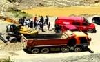 مأساة.. سقوط مقطورة شاحنة ينهي حياة شاب داخل مقلع بجماعة بني سيدال