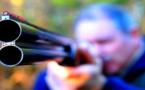 أشهر في وجههم بندقية صيد.. اعتقال مستشار جماعي هدد رجل سلطة ومنتخبين بالقتل