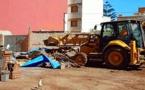 """سلطات الناظور تواصل هدم الأسواق العشوائية بإجلاء سوق """"باصو"""" لمنع انتشار كورونا"""