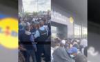 شاهدوا.. الشرطة الفرنسية تفرق عشرات زبناء متجر ليدل بالغاز المسيل للدموع