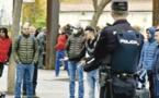 حقوقيون مغاربة بإسبانيا يستعدّون لمقاضاة سلطات مدريد لممارستها التمييز في عمليات الإجلاء