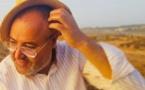 أحمد زاهد يصدر مسرحيته الجديدة يني إشارزن ثاغنانت