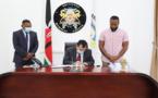السفير مختار غامبو يتباحث مع رئيس ولاية مومباسا بكينية سبل الشراكة مع مارتشيكا بالناظور وتوقيع توأمة مع مدينة طنجة