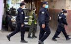 """الشرق.. السلطات تشدّد """"الحصار"""" على سكان المدينة الألفية لتطويق تفشي فيروس كورونا"""