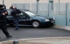 سيارة تقتحم بوابة المستشارة الألمانية ببرلين