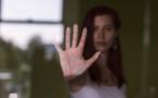 اعتقال مهاجر مغربي عرض صديقته للصفع والابتزاز الجنسي