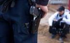 شرطي يستعمل سلاحه لتوقيف شخص عرض أحد المواطنين لاعتداء جدي وخطير