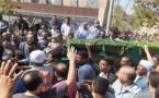 قبيلة تمنع دفن سيدة في مقبرة مشتركة بسبب نزاع حول الحدود