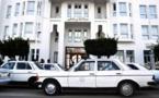 عامل  الناظور يقلص من عدد ركاب سيارات الأجرة