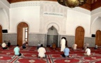 بعد منع التنقل الليلي.. الحكومة تقرر منع أداء صلاة العشاء بالمساجد