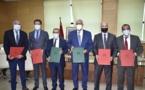 رئيس مجلس جهة الشرق يوقع اتفاقيات شراكة مع البنك الشعبي لدعم الاستثمار وخلق فرص الشغل