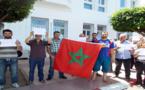 """غلاء الرّبط بالماء الشّرُوب يدفع قاطِنِي حي """"أَفْرَا"""" للاحتجاج أمام عمالة الناظور"""
