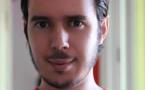 """شفيق نيبو يتهم مبتكر أغنية """"المغرب المُشْرِقْ"""" بالسرقة.. ويصف تصويره بالرّكِيكْ"""