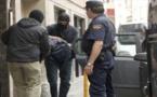 الأمن الإسباني يوقف مهاجرا مغربيا موضوع مذكرات بحث دولية
